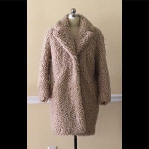 H&M Pile Coat with snap fastener, side pockets.